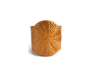 Napkin Rings, Gold Napkin Rings, Classic Table Decor, Dinner Party Accessories
