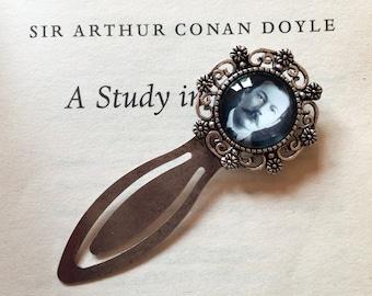Arthur Conan Doyle Bookmark - Sherlock Holmes Gift, Vintage Metal Literary Bookmark, Sir Arthur Conan Doyle Gift, Sherlock Holmes Book Mark