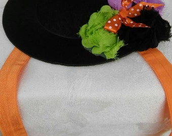 Mini Witch hat headband with elastic band and shabby flowers