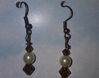 Drop Earrings w/Swarovski Crystals.