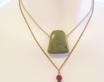 Ceramic and Triple Stone Necklace Silver Gold