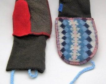 Woolen mittens with i-cord, 6-8 yr child Mittens