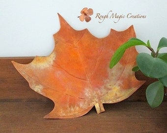 Autumn Leaf. Copper Metal Dish. Maple Leaf. Rustic Primitive Woodland Decor Hammered Copper Accent. Fall Colors. Thanksgiving Hostess Gift