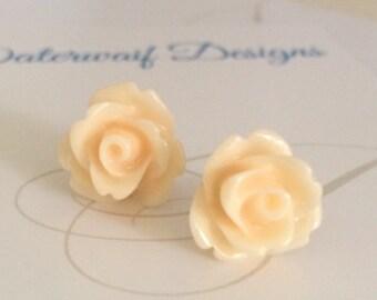 Blush Rose Earrings / Apricot Stud Earrings / Pastel Colored Jewelry / Retro Jewelry / Blush Earrings / The Rosie medium
