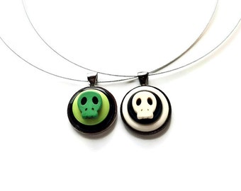 Skull Necklace, Halloween Necklaces, Halloween Jewelry, Sugar Skull, Day of the Dead, Upcycled