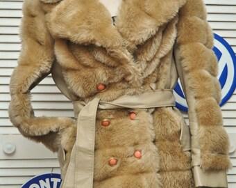 Womens Vintage Faux Fur Coat/70s Sculptured/Vinyl Trim/Lined Pockets/Hazel wood Color Medium/Teens/Junior/Fingerhut Fashions/Theater Costume
