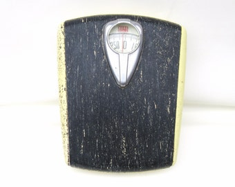 Vintage Bathroom Scale | Floor Scale | Borg Scale | Weight Scale | Movie Prop