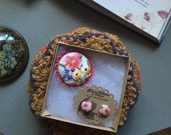 cross stitch vintage floral brooch and stud earrings set