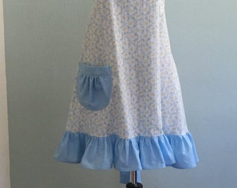 Cute Womens Country Cottage Handmade Full Apron/French Country/Kitchen Apron/Flirty Apron/Hostess Apron/Vintage Apron/Blue Ruffled Apron/