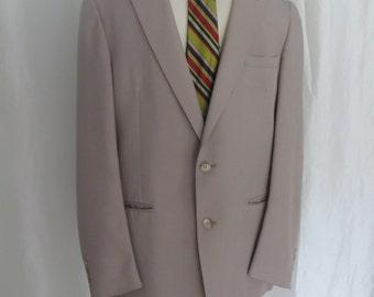 Vintage 70s mens jacket, sportcoat, sportsjacket, blazer,  designer Oleg Cassini beige tan