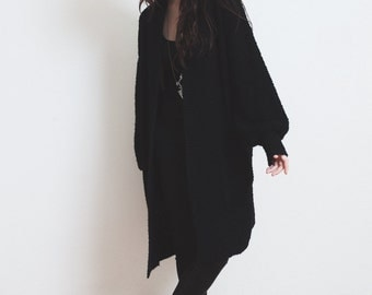 Vintage Black Boucle Knit Cardigan Long Poet Sleeve Oversized Nubby Sweater Coat - M L OS