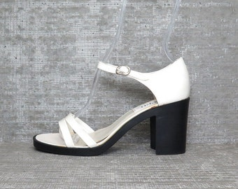 Vtg 90s White Patent Strappy Leather Chunky Block Heel Sandals 6.5