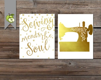 sewing art, set of 2, gold sewing, sewing printable, sewing mends the soul, craft art, sewing, DIY printable, patchwork, crafting