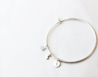 Personalized Initial Bangle // Bridesmaids gift // Friendship Bracelet