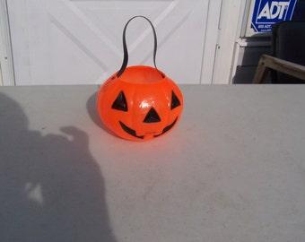 Vintage retro plastic Halloween Bayshore jack o' lantern pumpkin JOL trick or treat pail bucket