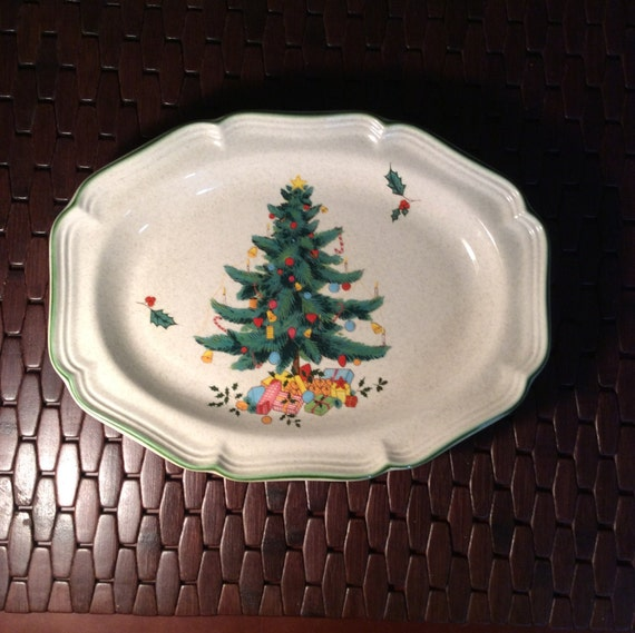 Mikasa Festive Season Oval Serving Platter