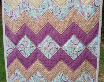 Zig Zags and Diamonds - Quilted Plush Throw