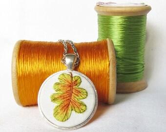 Oak leaf pendant Oak leaf necklace Hand embroidery necklace Leaf pendant Autumn pendant Fall necklace
