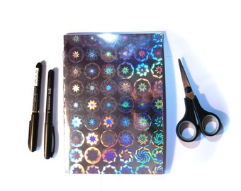 Book 15 x 21 cm Shiny Holographic (24 pages) silver rosettes - LaPaperette