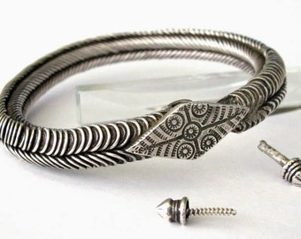 Antique Tamil Nadu Armlet, Bracelet, South India, Rigid, Circles, Twisted Wire, Width 7cm, Solid High Grade Silver, HEAVY, 130.4 Grams
