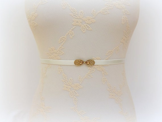 Ivory elastic belt. Waist belt. Skinny belt. Swarovski crystals belt. Gold belt. Thin belt. Bridal belt. Dress belt. Bridesmaids belt.