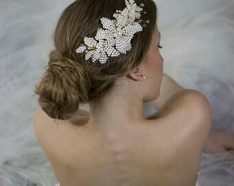 Wedding Pearl Hair Comb,Beaded Flower Hair Comb,Hair Comb Wedding,Bridal Pearl Headpiece,Wedding Pearl Flower Comb,Wedding Floral Headpiece