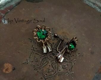 Vintage 1950's Copper Flower Screw Back Earrings, Green Copper Flower Earrings, Flower Earrings, Retro