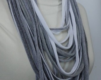 Upcycled t-shirt scafr: Fat gray and white [703]