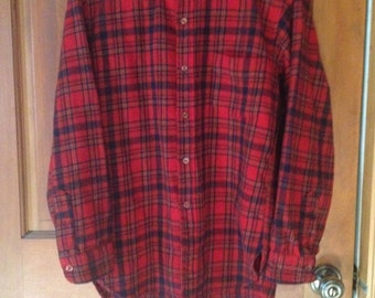 Vintage Pendleton Flannel Shirt Large Red Plaid pure virgin wool Oregon USA