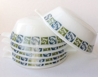 Six Vintage Pyrex Bowls, Set of 6 JAJ Pyrex Chequers Pattern Serving Dishes with Handles, Mid Century Modern,  1967 - 71,  00722