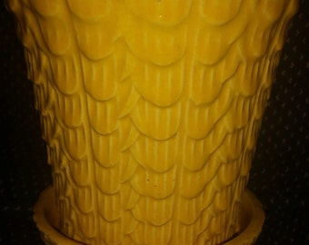 Vintage 1930s Yellow Gold Nelson McCoy Pottery Planter Art Deco