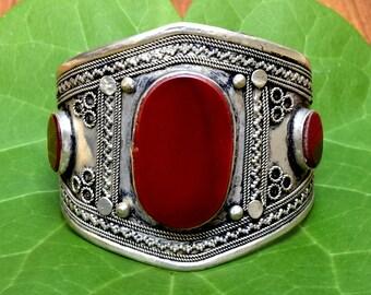 Afghan Kuchi Bracelet,Tribal Cuff Bracelet,Carnelian Stone,Afghan Jewelry,Bohemian,Antique Bracelet,Ethnic Cuff,Hippie,Gypsy Boho Bracelet