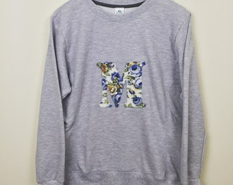 Personalised grey sweatshirt, mama initial sweatshirt, mom sweatshirt, ladies sweatshirt, matching mummy sweatshirt, twinning sweatshirt