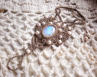 "Macrame bracelet ""Treasure of Elf"" with moonstone and pearls beads."