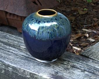 Porcelain indigo vase