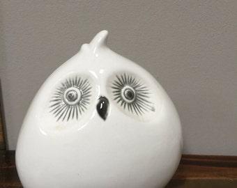 Cute Vintage White Ceramic Stylised Owl Figurine