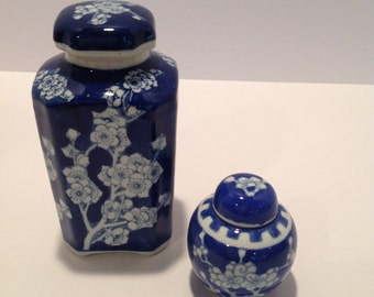 set of blue and white porcelain jars