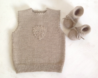 Handknitted  baby vest /  baby outfit /girl/boy vest /pure alpaca wool baby vest/ /size 0-24 months