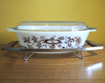 Vintage English Pyrex Vine Pattern Oval Casserole Dish with Lids and Stand / 70s / Brown
