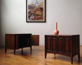 """Pair of Broyhill """"Emphasis"""" Nightstands"""