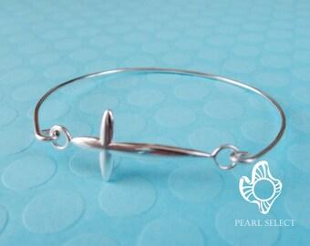 sterling silver cross,cross bracelet,silver cross,cross bangle,sterling silver cross bangle,silver cross bracelet