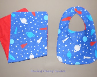 Rocket Bib and Burp Cloth Set, Rocket Ship, Outer Space, Rocket Nursery, Aerospace, Outer Space Baby