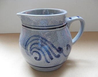 Beautiful Kölsch water of milk jug.