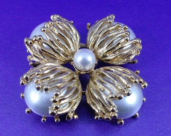 Vintage St. John Brooch, Large Pearl Brooch, Circa 1980, High End Jewellery