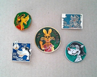 "Set of 5 Soviet pin badges - Wolf and hare, character of Russian cartoon ""Nu Pogodi !"" / Made in   USSR"