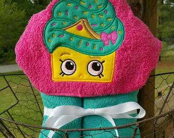 Cupcake  Hooded Towel with FREE Embroidered name