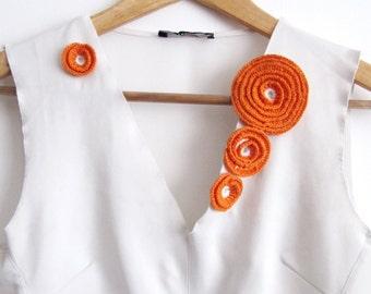 Orange  Crochet Flower Appliques Crochet Roses 4 PCS Different Sizes Crochet Motif Crochet Embelishments