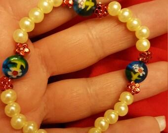 Glass Flower & Faux Pearl Stretchy Bracelet