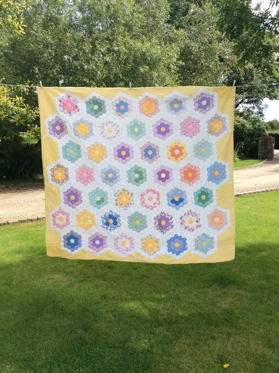 1930's Yellow Flower Garden Quilt