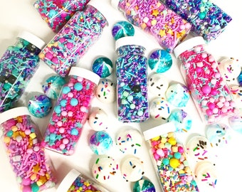10 pack - 1 of every sprinkle mix! Each pack is 110g!